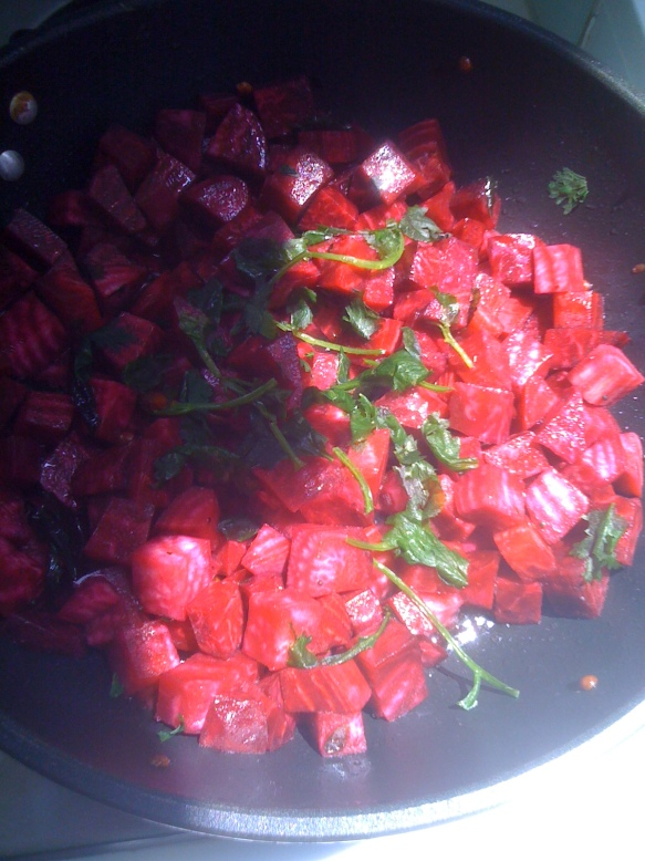 Beets Porial in the pan